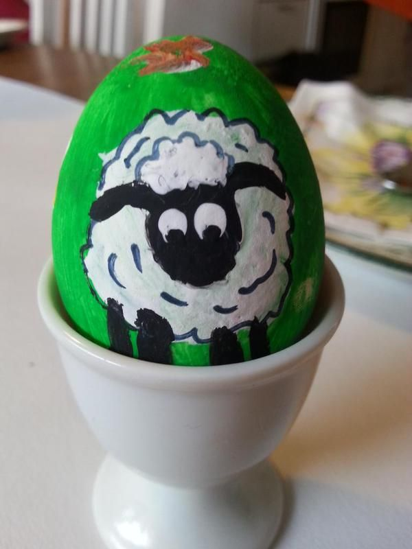 A baa-rilliant painted Shaun the Sheep egg from Fredrika on Twitter!