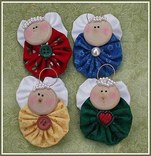 Como fazer anjinho de fuxico passo a passo para lembrancinha de natal e enfeite de árvore de natal. artesanato em fuxico para ganhar dinheiro extra