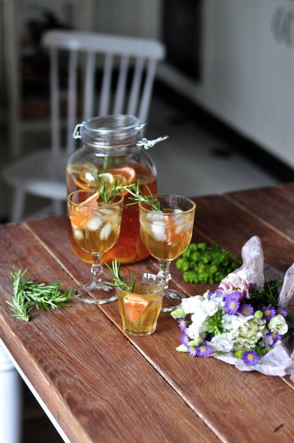 Domowa lemoniada z rozmarynem // Homemade rosemary lemonade | Make Cooking Easier