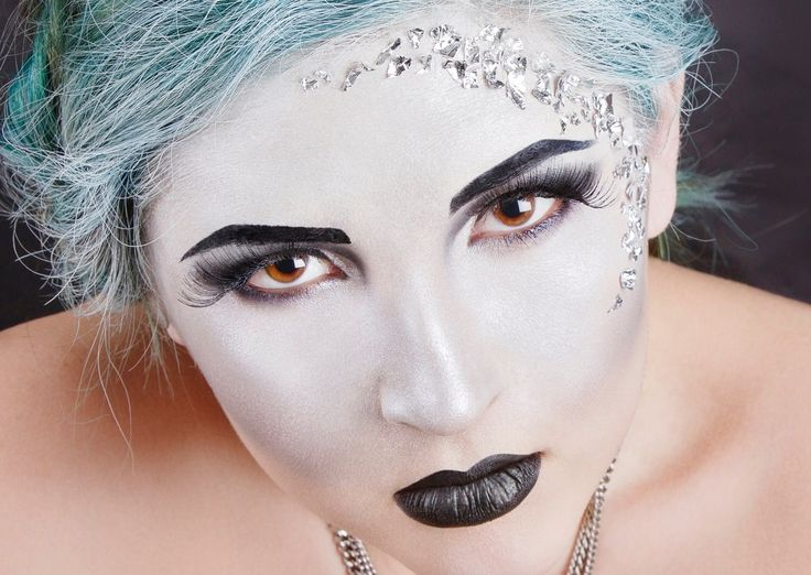 Silver make-up! #silvermakeup
