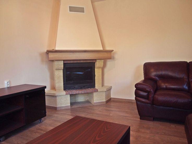 Placare semineu cu lemn de nuc \ Fireplace tiling with walnut
