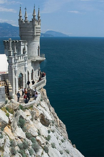 Swallow's Nest in Crimea, Ukraine (by spliter): Buckets Lists, Favorite Places, Swallows Nests, Nests Castles, Ukraine, Beautiful Places, Amazing Places, Travel, Nests Crimea