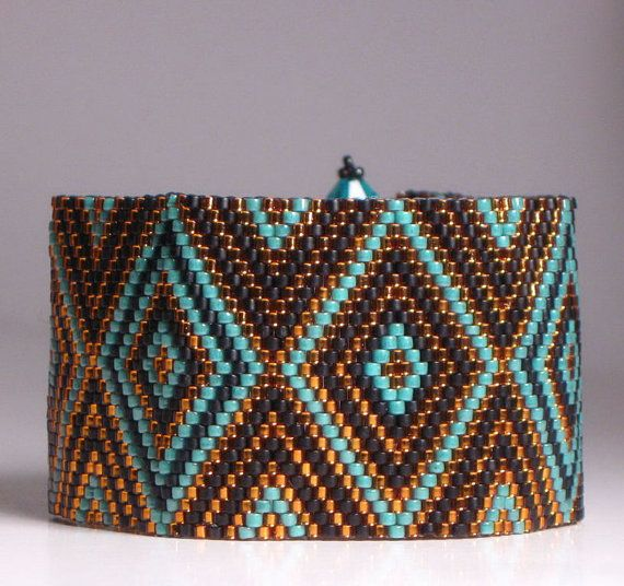 Peyote Bracelet Tutorial Pattern by divelladelights on Etsy, $7.50
