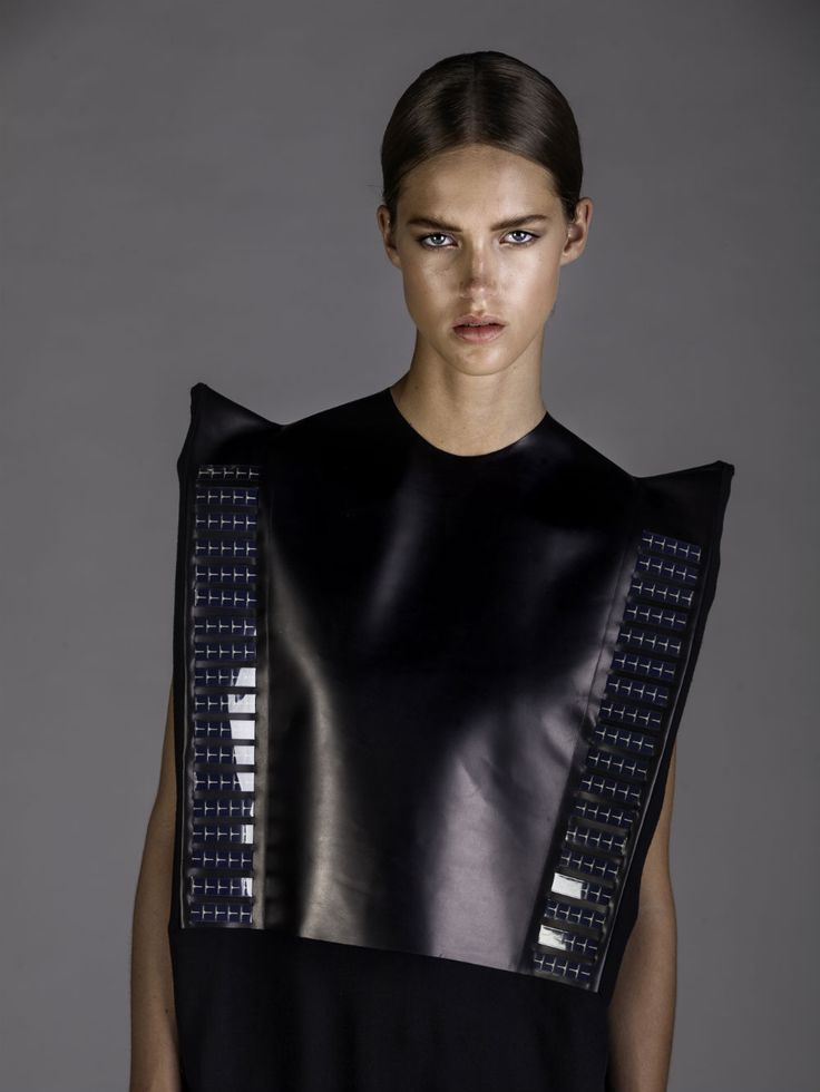 https://www.google.es/search?q=ropa futurista