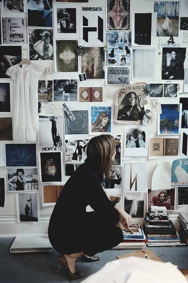 AphroChic: Make Your Own Wallpaper Using Your Favorite Photos