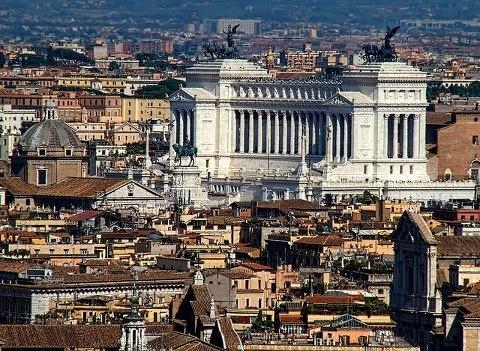 The Altare della Patria...