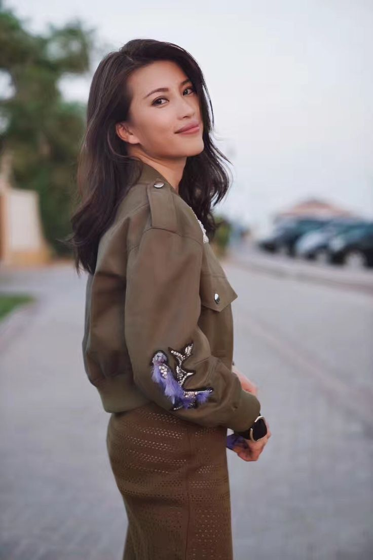 Chinese celebrity and fashion icon Ivy Leung