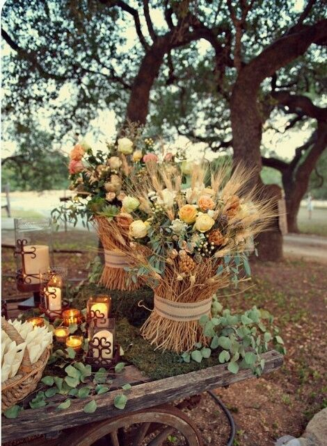 Attractive 36 Awesome Outdoor Décor Fall Wedding Ideas | Weddingomania