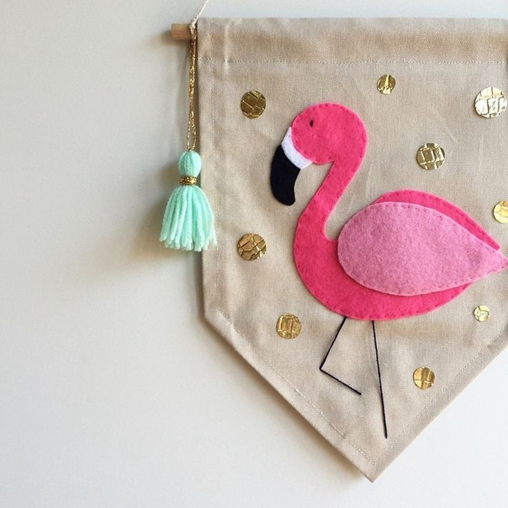Single sided banner made from quality duck cotton fabric, machine stitched on all sides.Beautifully detailed, hand cut and hand stitched felt flamingo with coordinating tasselW 22cm x L 30cmTasmanian Oak rod | L 24cm   coordinating string for hangingDesigns and colours may vary slightly to what is shown in pictureBanner can be customised to suit you. Please email littleoliveandco@yahoo.com to discussItems are made to order. Please allow up to 4 weeks   Aus Po...