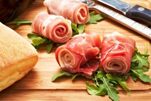 Iɴᴠᴏʟᴛɪɴɪ ᴅɪ Pʀᴏsᴄɪᴜᴛᴛᴏ  .per vιѕυαlιzzαre RICETTA➨➨➨ http://www.womansword.it/donne-in-cucina/ricette-di-secondi-piatti/involtini-di-prosciutto/