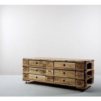 Beautiful pallet furniture in this shop - love!   kimidori Palettenkommode (drei verschiedene Farben) | selekkt.com