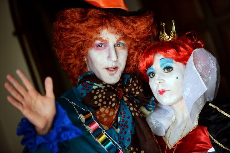 Il cappellaio matto e la regina rossa