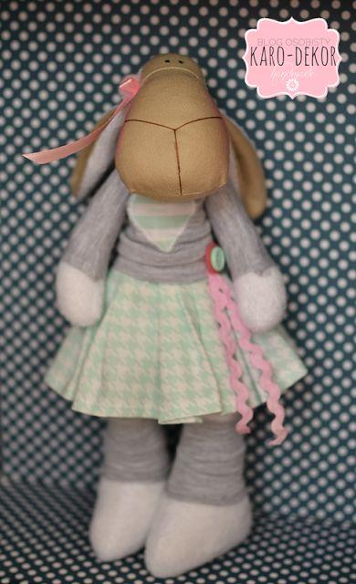 sweet lamb, minty, grey, pink, little girl