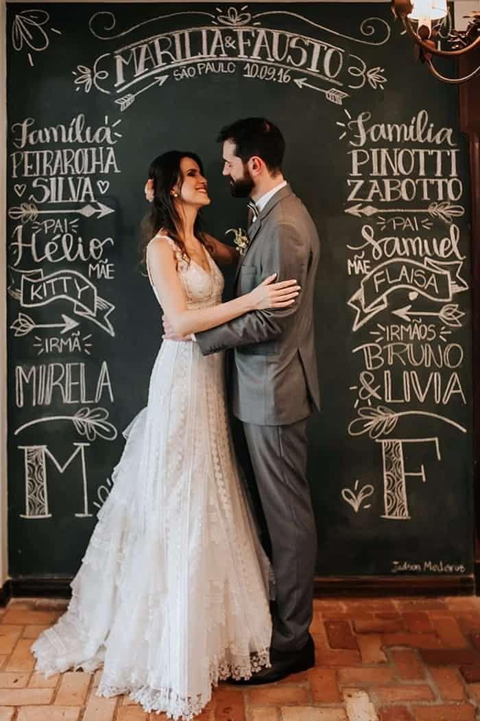 Versáteis, simples e muito originais, elas dão um toque divertido aos casamentos sempre passando mensagens que caracterizam o evento com o estilo dos noivos.