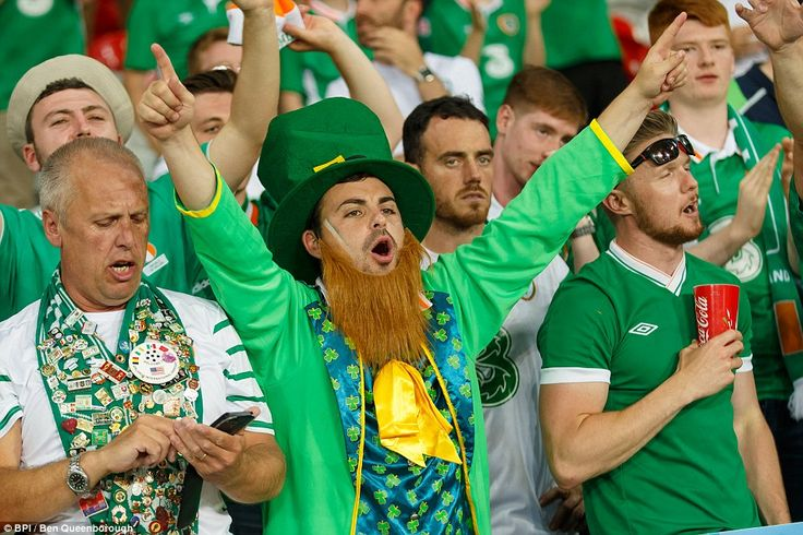 Italy 0-1 Republic of Ireland: Robbie Brady scores dramatic late ...