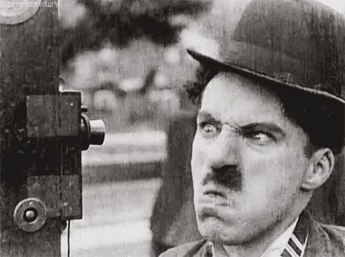 Para salvar: cinquenta gifs mostram Chaplin em Cenas de filmes