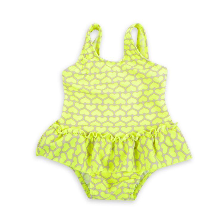 Traje de baño para bebé niña, en estampado de corazoncitos color amarillo neón.
