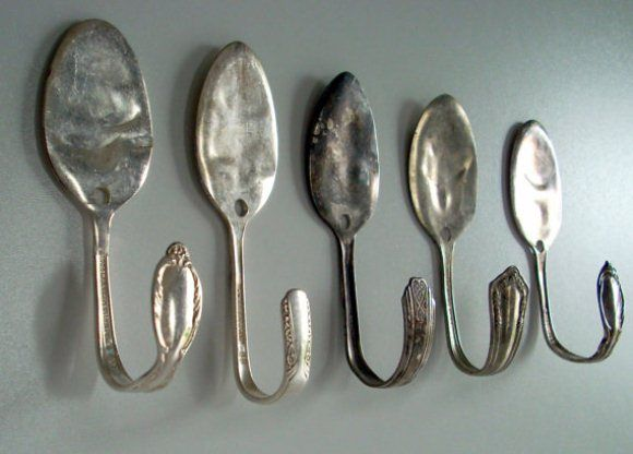 Garden Markers and More: DIY Stamped Spoons.  I love all of these, especially the 'spoon hooks'