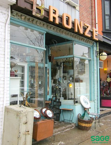 Unique Storefront in Leslieville, Toronto (on vacation to do list)