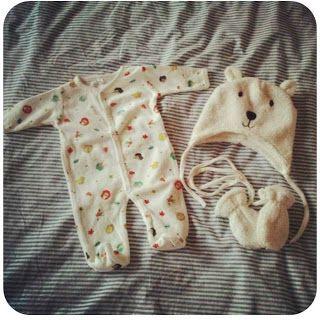 Pyjama en berenmuts met wantjes (Zeeman)