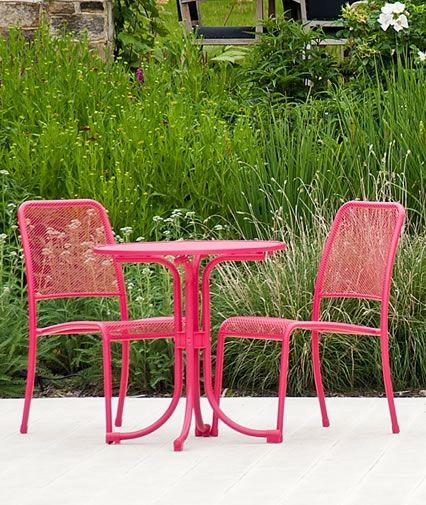 Pretty in Pink...Portofino Pink Round Bistro Set by Alexander Rose.