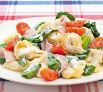 Tortellini met spinazie en bieslookroomkaas - Recept - Jumbo Supermarkten