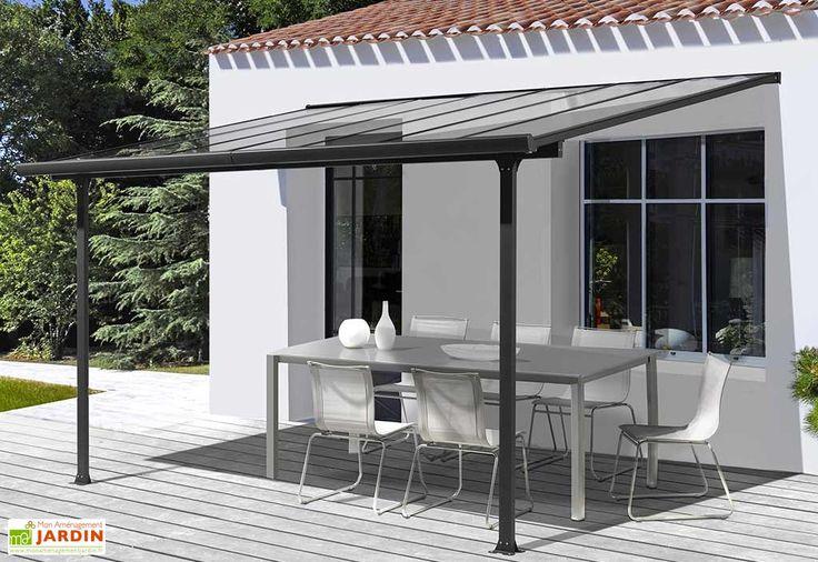 Le toit terrasse Habrita possède une structure en aluminium gris anthracite et une couverture en polycarbonate. Le polycarbonate mesure 6 mm d'épaisseur et protège votre terrasse des intempéries et des rayons UV. Le toit terrasse s'adosse à la ... (suite)