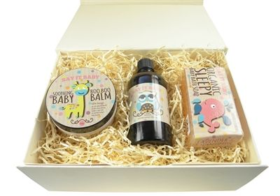 Say It Baby Natural Gift Box. http://www.sayitbaby.co.uk/Say-It-Baby-Natural-Gift-Box-p/natgb.htm