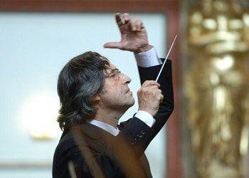 Mon, 01. January 2018 11:15  Vienna, Austria Musikverein, Golden Hall New Year's Concert  CONDUCTOR Riccardo Muti