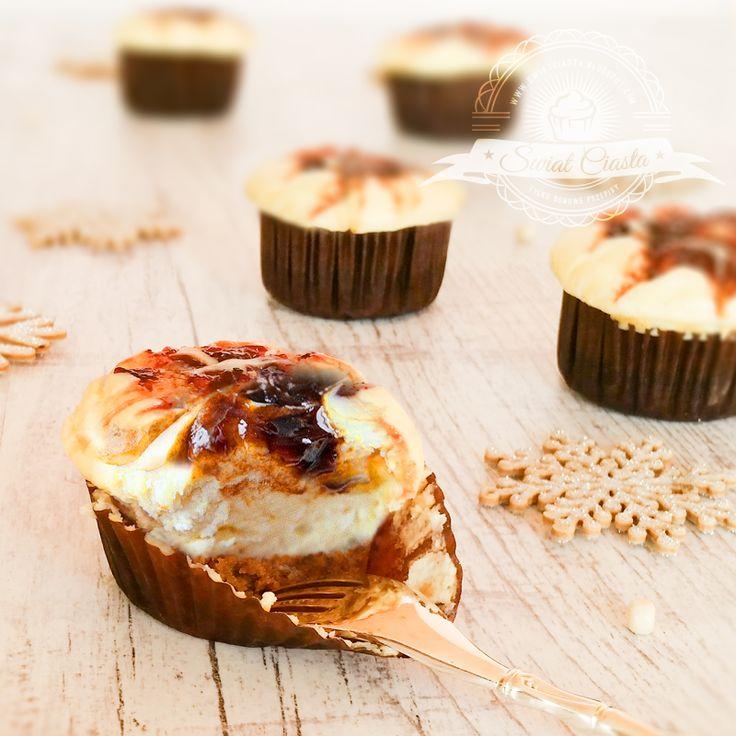 Babeczki piernikowo-serowe z powidłami   Świat Ciasta
