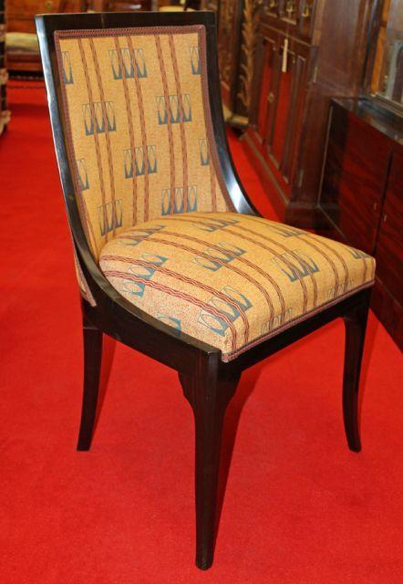 - Starožitný nábytek -