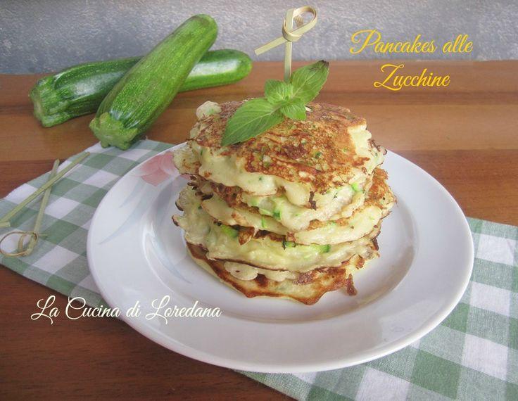 La deliziosa versione salata della tipica ricetta americana: Pancakes alle Zucchine, semplici da preparare vi conquisteranno per la loro bontà