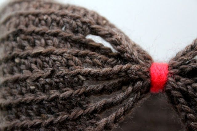 DIY – Hæklet pandebånd med sløjfe til småpiger | Lutter Idyl