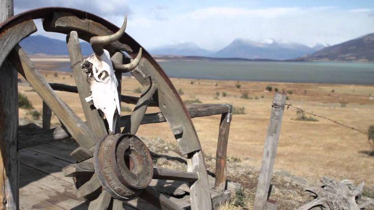 Un video interestante sobre Patagonia y Tierra del fuego.  En este video, Ud. puede ver muchas biomas, climas, y paisajes como montañas, cataratas, y glaciares bonitas. Y muchas animales varios.  -Joe Cardone