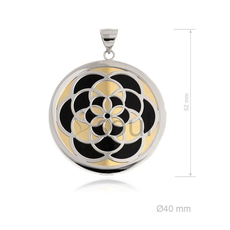 REF. 361022. Colgante Mandala. Colgante con nácar u ónix en plata de Ley.
