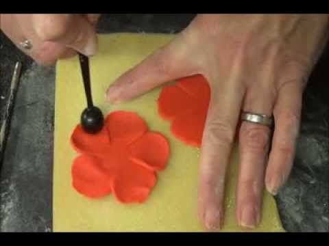 72 best diy poppies to craft knit crochet stitch images on how to make a sugarpaste fondant poppy from the baking lady on youtube mightylinksfo