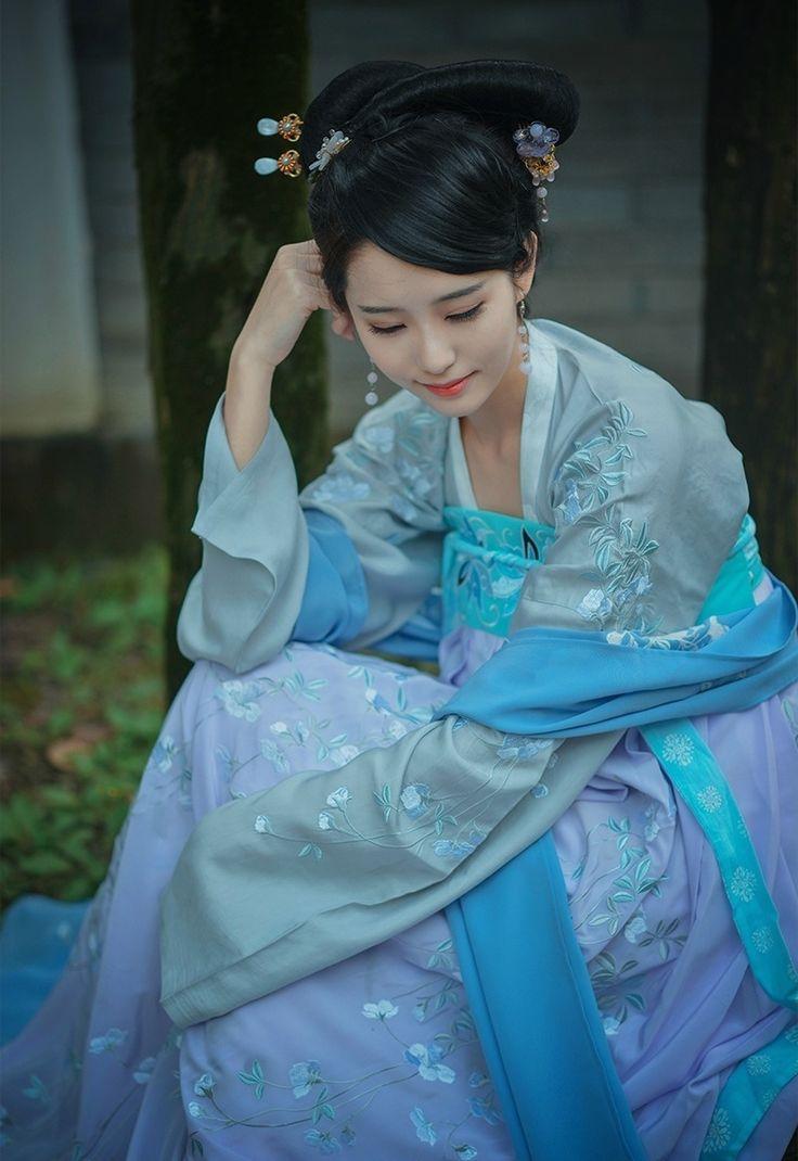 1420 best asian fashion images on Pinterest   Chinese clothing ...