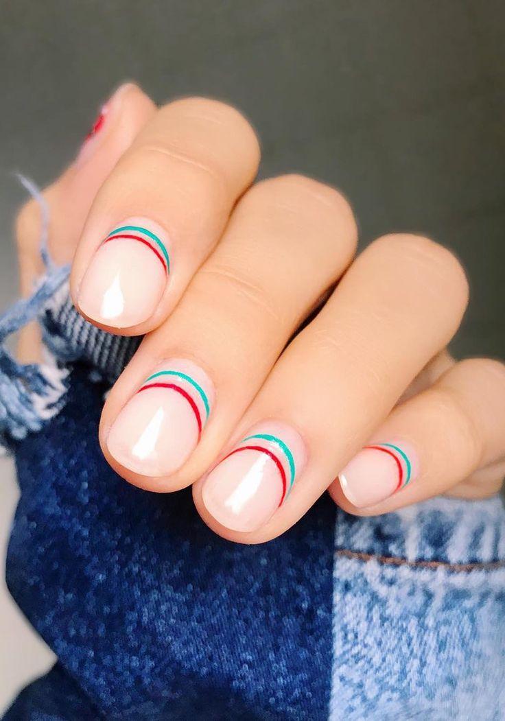 the best minimalist nail art #negativespace