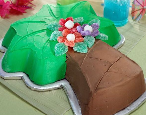 palm tree cake - can be great for final AΣA Advantage meeting from new members to VP of membership education, beginning of the year get-together, etc.!