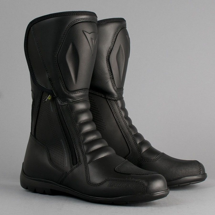 BOOTS BY DAINESE