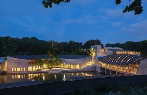 Arkansas' Crystal Bridges, the Art Museum That Walmart Built