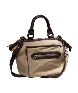 Daily Finds 10/28/10: Zip Away Tote by American Eagle Outfitters, $49.50