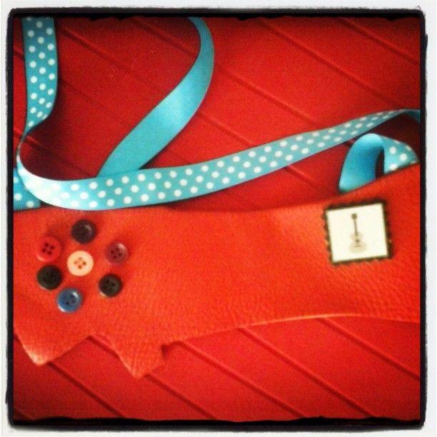 #artepovera #necklace #handmade #artistic #leather #cork #buttons #polkadots #alternative #jewels #artepovera