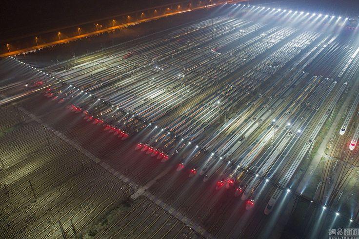 Wuhan Railway Station readies itself for Spring Festival travel rush. via Twitter Shanghaiist.com