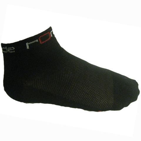 The Ronde Low Rider Socks are competition grade cycling socks that are comfortable and great value. They are made with DuPont Coolmax yarn - a unique sports fibre that utilises thermal convection to draw moisture away from your skin while increasing air flow thus keeping you dry and fresh.