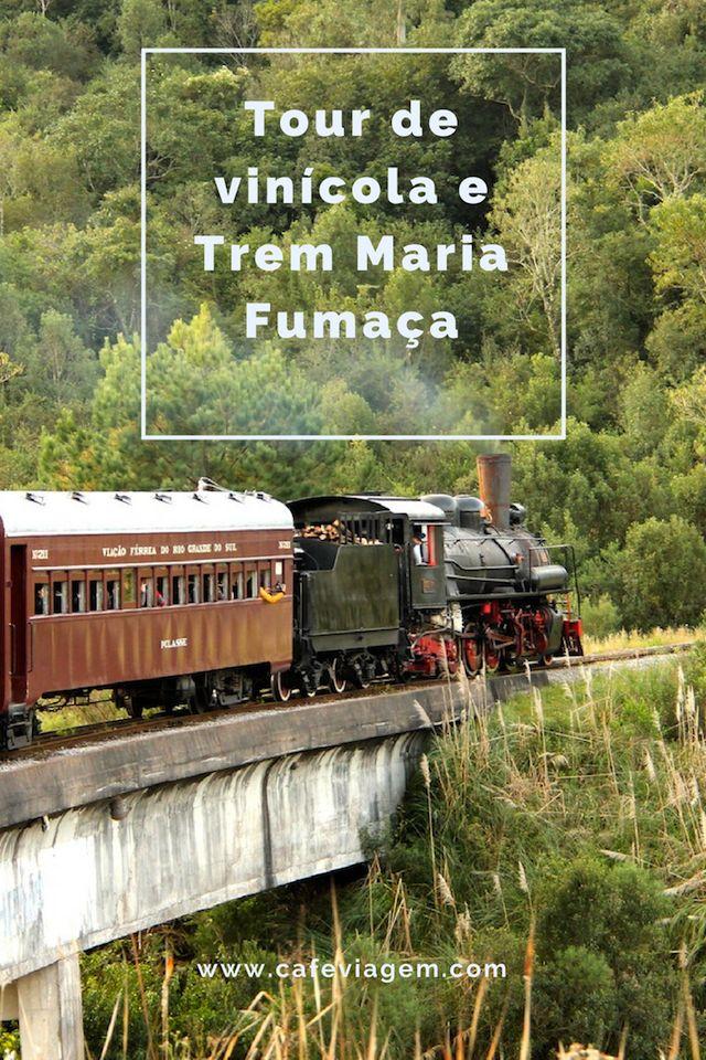 Fiz um tour bate-volta a partir de Gramado para visitar vinícolas de Bento Gonçalves e fazer o passeio de Trem Maria Fumaça. Contei todos os detalhes da experiência neste artigo. Confira!