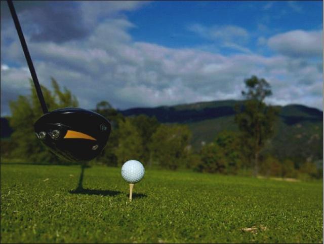 Conozca y experimente Medellín como destino de golf.