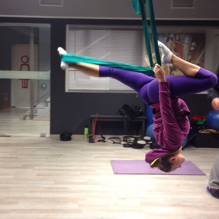 Aerial yoga is the best workout for your body!! Do you dare???