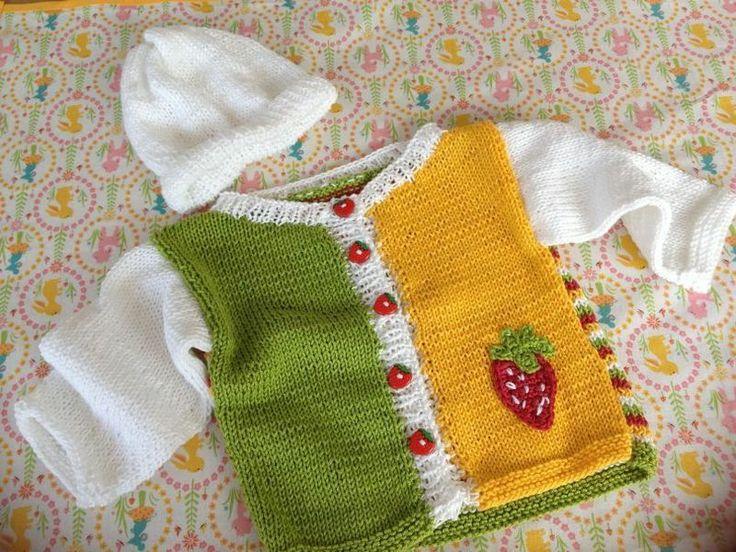 Jäckchen und Mütze für Baby Gr.50/56 von strickliesluschi auf DaWanda.com