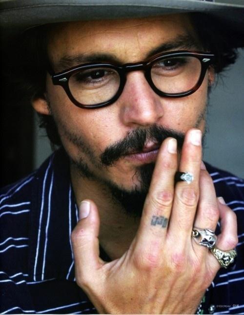 http://s3.favim.com/orig/42/guys-with-glasses-johnny-depp-jonny-depp-smoking-Favim.com-351495.jpg